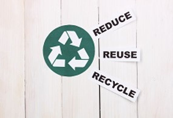Recycling Symbol - Beschriftung Reduce, Reuse, Recycle