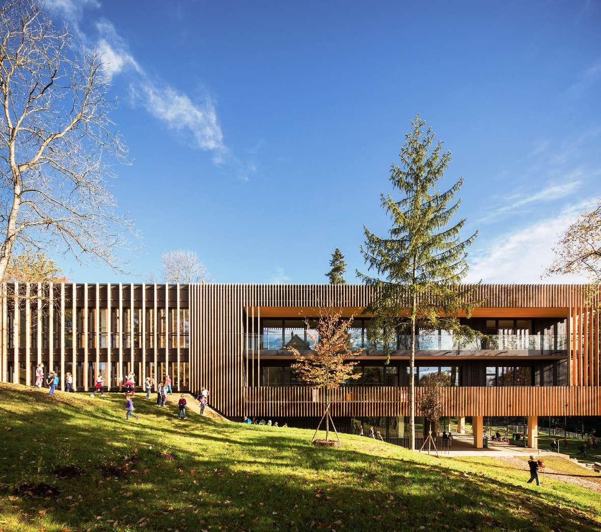 reihenhaus einrichten nachhaltiges bauwerk rustikalen elementen, holzbau in der gemeinde, klimaaktiv, Design ideen